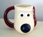 A Gromit Thermo-Nose mug (sans Tea!)