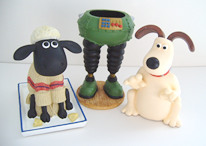 Topfair's Desk Tidy, Shaun Moneybox and Gromit Moneybox